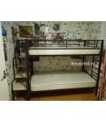 пример компоновки: лестница для металлических кроватей плюс кровать Севилья